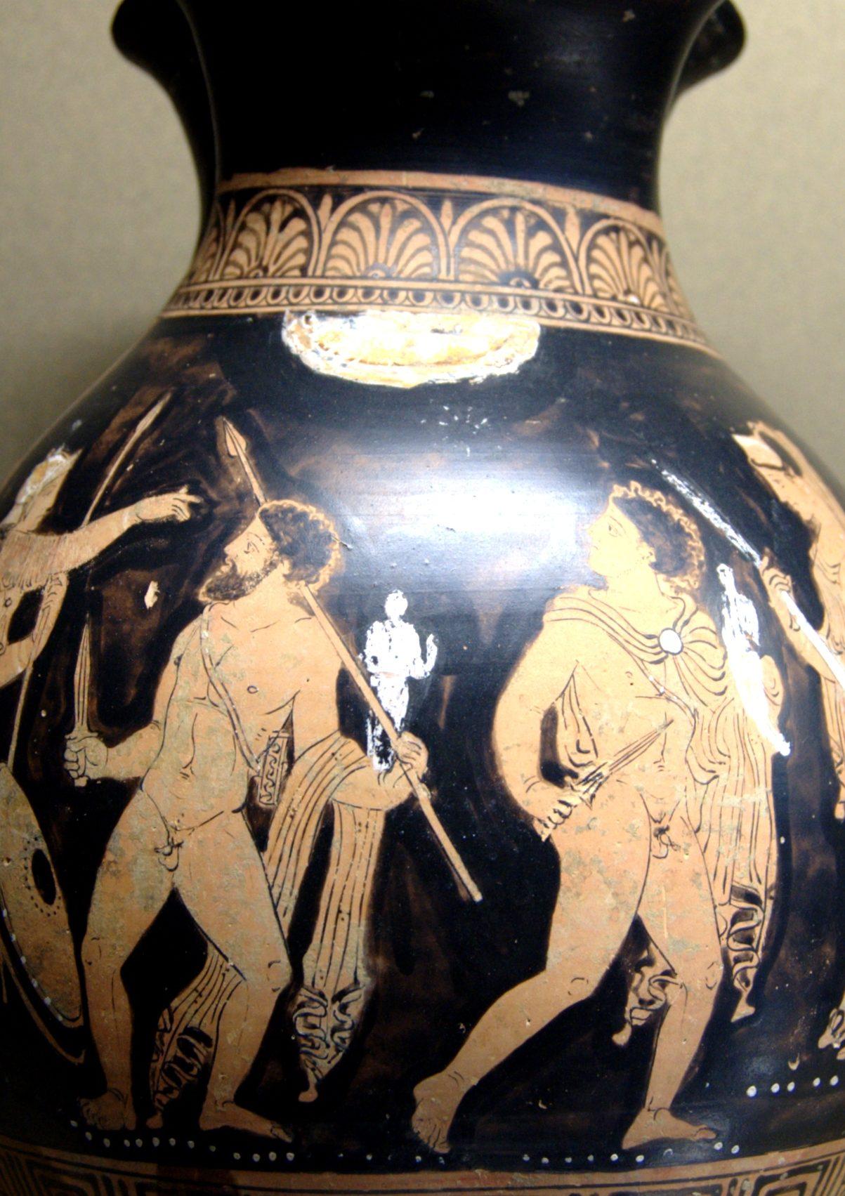 Odiseo y Diomedes robando el Paladio. Cerámica de figuras rojas de Regio de Calabria (360 - 350 a. C.) Museo del Louvre (París).